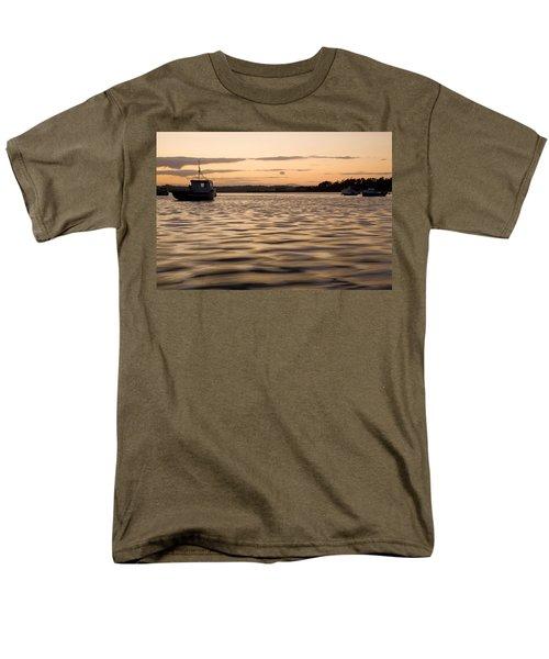 Men's T-Shirt  (Regular Fit) featuring the photograph Irish Dusk by Ian Middleton