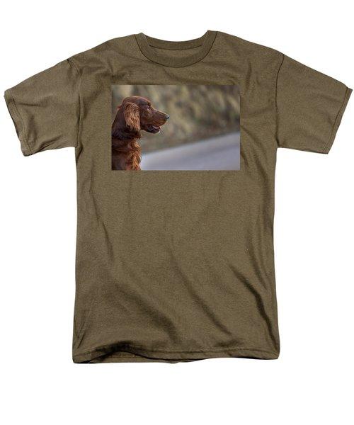 Irish Setter Men's T-Shirt  (Regular Fit) by Robert Krajnc