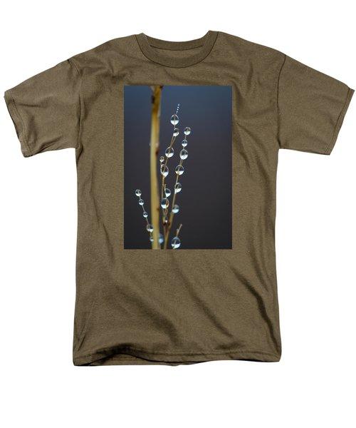 Macro Drops Men's T-Shirt  (Regular Fit)