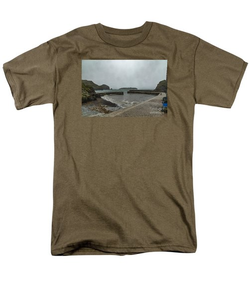 Men's T-Shirt  (Regular Fit) featuring the photograph Mullion Cove by Brian Roscorla