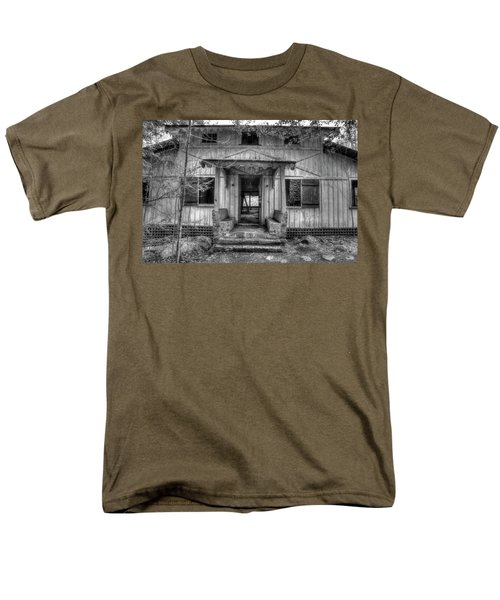 Men's T-Shirt  (Regular Fit) featuring the photograph This Old House by Mike Eingle