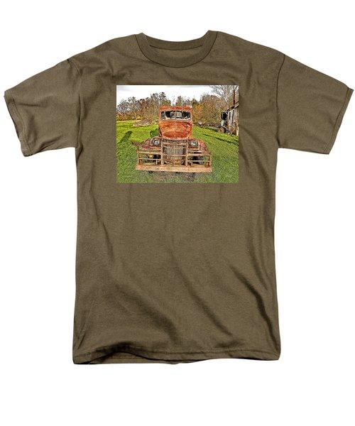 1941 Dodge Truck 3 Men's T-Shirt  (Regular Fit)