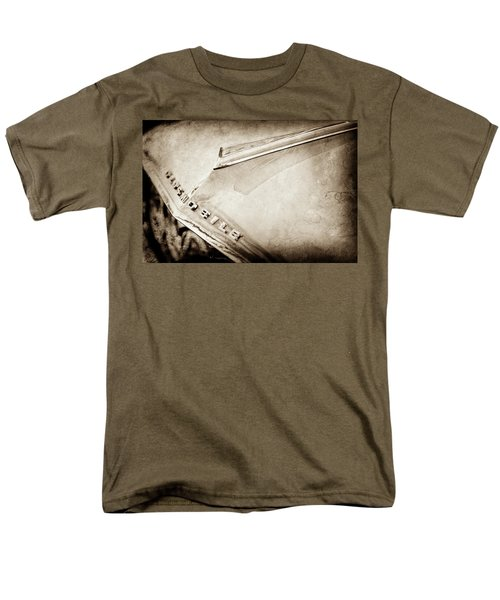 Men's T-Shirt  (Regular Fit) featuring the photograph 1962 Oldsmobile Hood Ornament And Emblem -0598s by Jill Reger