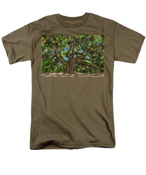 Angel Oak Men's T-Shirt  (Regular Fit) by Jim Hubbard