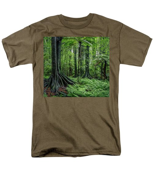 Men's T-Shirt  (Regular Fit) featuring the photograph Jungle by Les Cunliffe