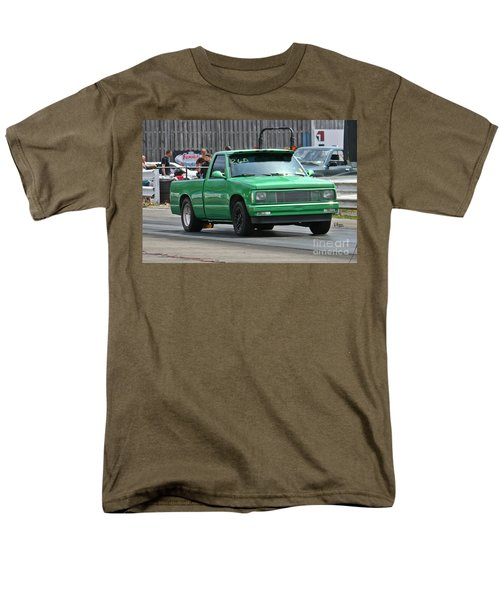 2987 05-03-2015 Esta Safety Park Men's T-Shirt  (Regular Fit) by Vicki Hopper