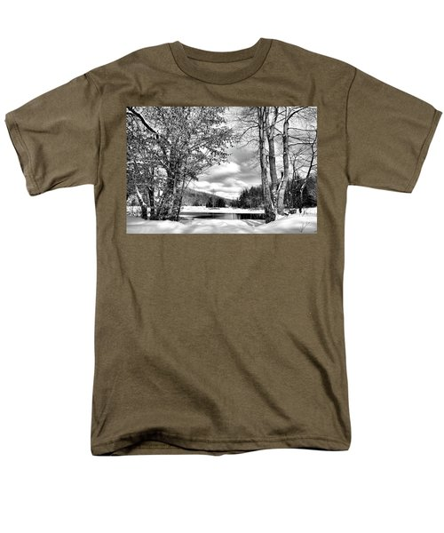 A Peek At Winter Men's T-Shirt  (Regular Fit) by David Patterson