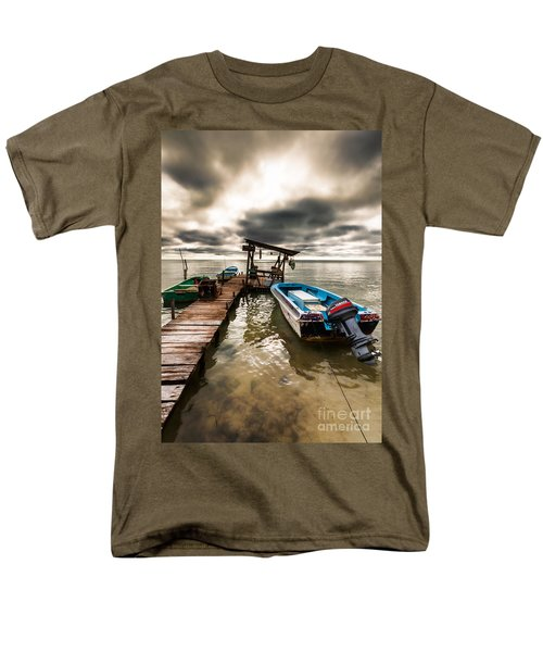 A Storm Brewing Men's T-Shirt  (Regular Fit)