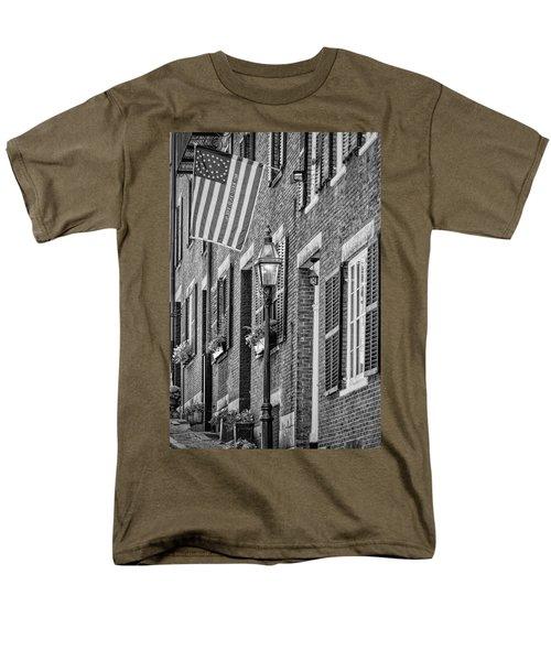 Acorn Street Details Bw Men's T-Shirt  (Regular Fit) by Susan Candelario