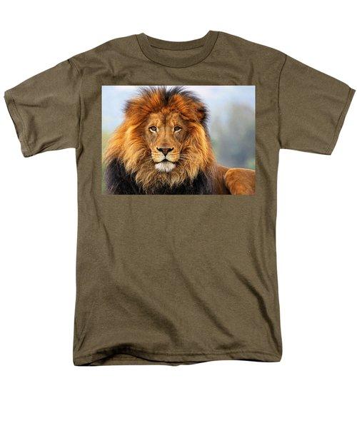 African Lion 1 Men's T-Shirt  (Regular Fit)