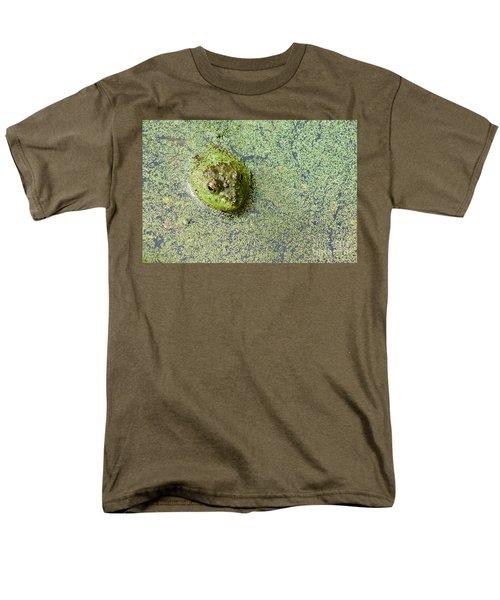 American Bullfrog Men's T-Shirt  (Regular Fit) by Sean Griffin