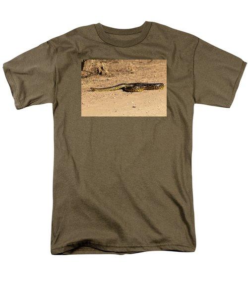 Anaconda Crossing Transpantaneira Men's T-Shirt  (Regular Fit) by Aivar Mikko