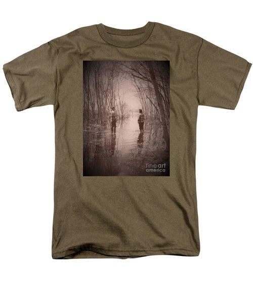 Andrew And Sarah Men's T-Shirt  (Regular Fit)