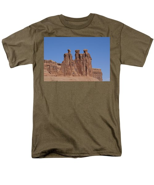 Arches National Park Men's T-Shirt  (Regular Fit) by Cynthia Powell
