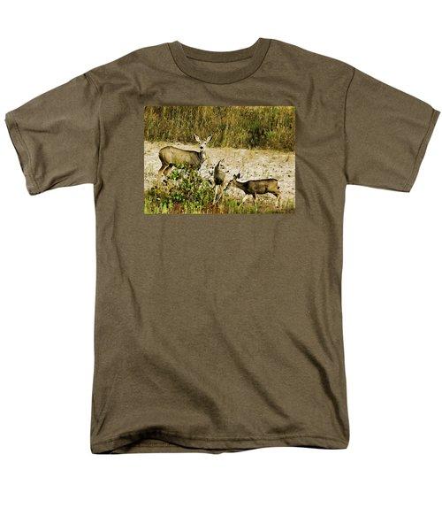 Mule Doe And Her Twins Men's T-Shirt  (Regular Fit) by Bill Kesler