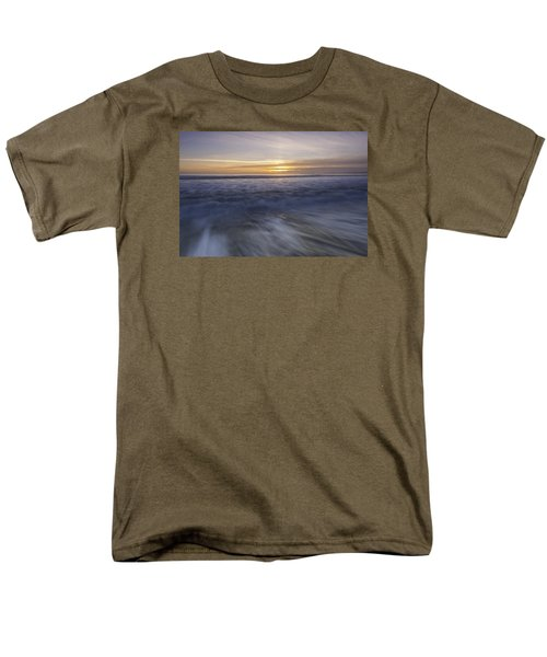 At Beach Men's T-Shirt  (Regular Fit) by Catherine Lau