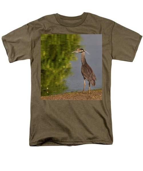 Men's T-Shirt  (Regular Fit) featuring the photograph Attentive Heron by Jean Noren