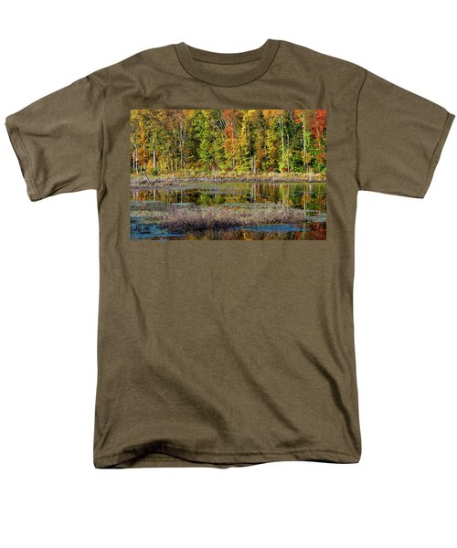 Men's T-Shirt  (Regular Fit) featuring the photograph Autumns Quiet Moment by Karol Livote