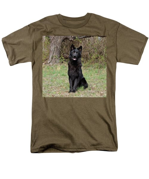 Men's T-Shirt  (Regular Fit) featuring the photograph Aziza Sitting by Sandy Keeton