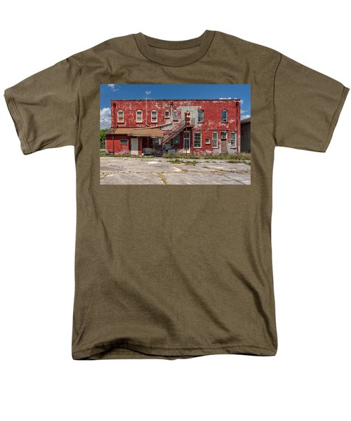 Men's T-Shirt  (Regular Fit) featuring the photograph Back Lot by Christopher Holmes