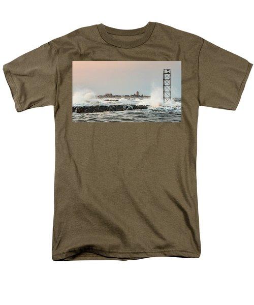 Battering The Shark River Inlet Men's T-Shirt  (Regular Fit)