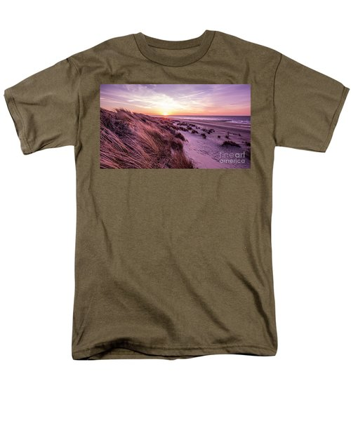 Beach Of Renesse Men's T-Shirt  (Regular Fit) by Daniel Heine