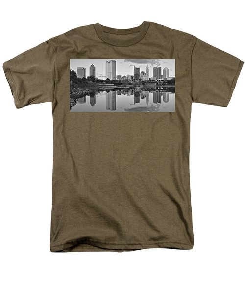 Men's T-Shirt  (Regular Fit) featuring the photograph Best Columbus Black And White by Frozen in Time Fine Art Photography