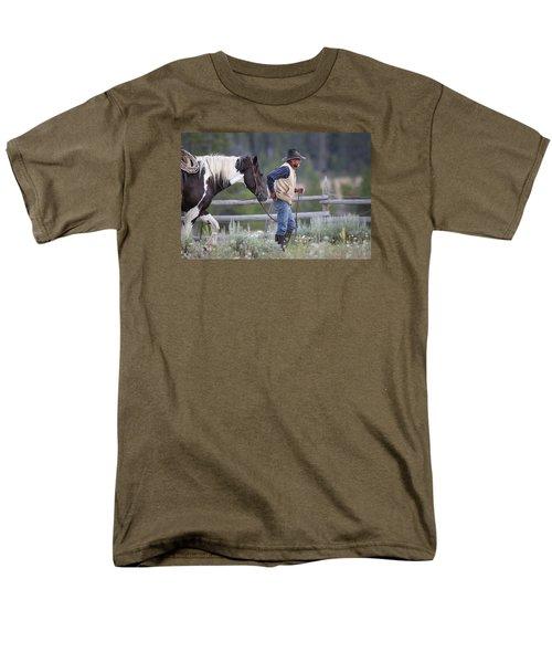Big Horn Cowboy Men's T-Shirt  (Regular Fit)
