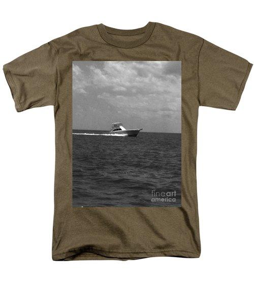 Black And White Boating Men's T-Shirt  (Regular Fit) by WaLdEmAr BoRrErO