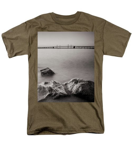 Black And White Sandy Point Men's T-Shirt  (Regular Fit)