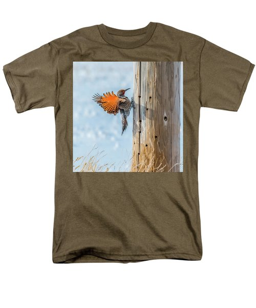 Brilliant Northern Flicker Woodpecker Men's T-Shirt  (Regular Fit) by Yeates Photography