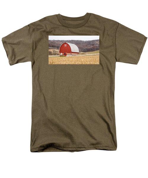 Men's T-Shirt  (Regular Fit) featuring the photograph Buffalo County Barn by Dan Traun