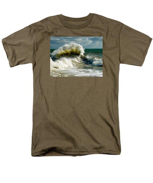 Cabrillo Shorebreak  Men's T-Shirt  (Regular Fit)