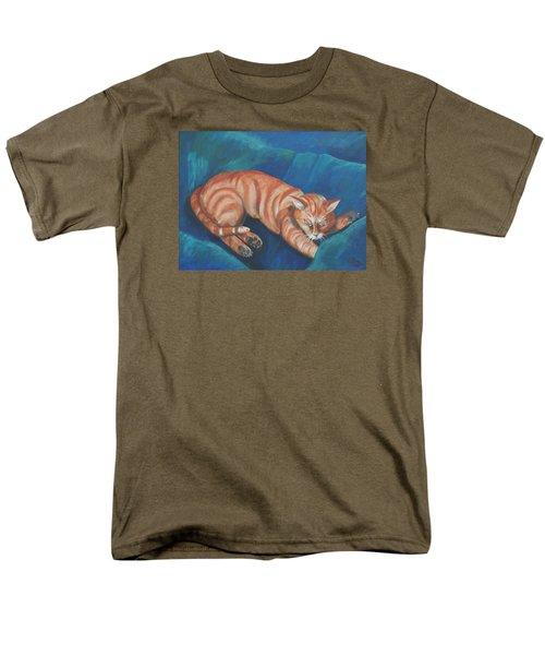 Cat Napping Men's T-Shirt  (Regular Fit)