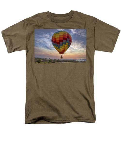 Men's T-Shirt  (Regular Fit) featuring the photograph Catch The Breeze by Mitch Shindelbower