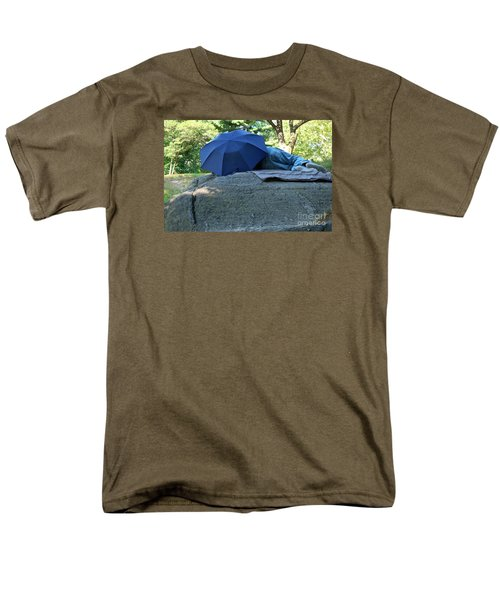 Men's T-Shirt  (Regular Fit) featuring the photograph Central Park Beauty Rest by Vinnie Oakes