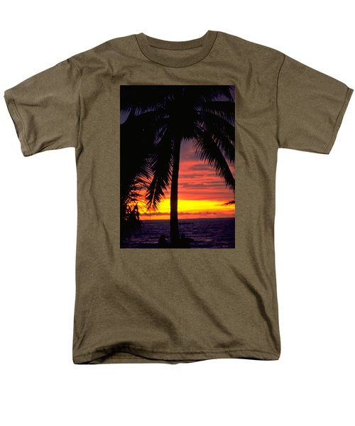 Champagne Sunset Men's T-Shirt  (Regular Fit) by Travel Pics