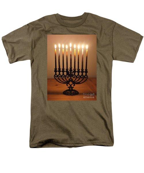Chanukiah Men's T-Shirt  (Regular Fit) by Annemeet Hasidi- van der Leij