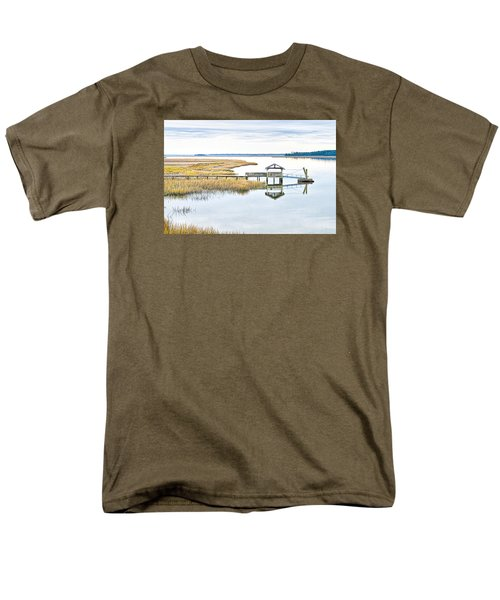Chechessee Creek Dock Men's T-Shirt  (Regular Fit)