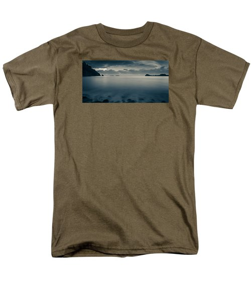 Cleopatra Bay Turkey Men's T-Shirt  (Regular Fit) by Andreas Levi