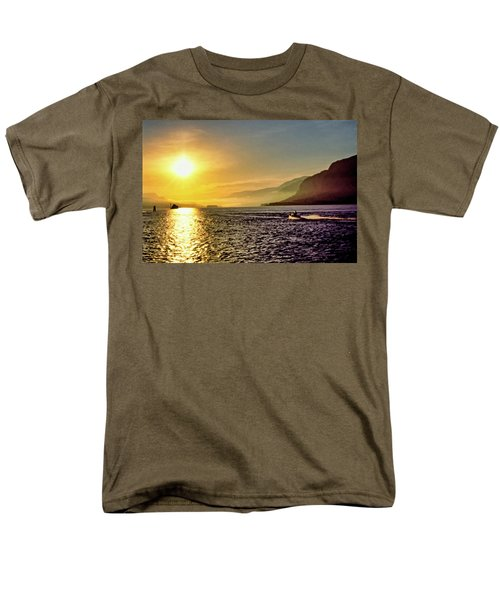 Columbia River 001 Men's T-Shirt  (Regular Fit) by Scott McAllister