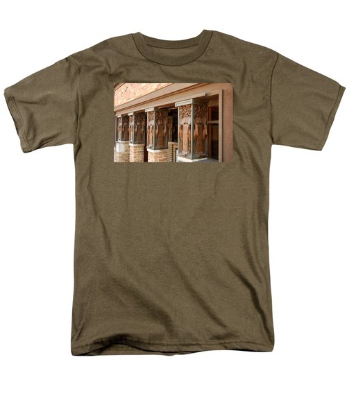 Columns At Frank Lloyd Wright Studio Men's T-Shirt  (Regular Fit)