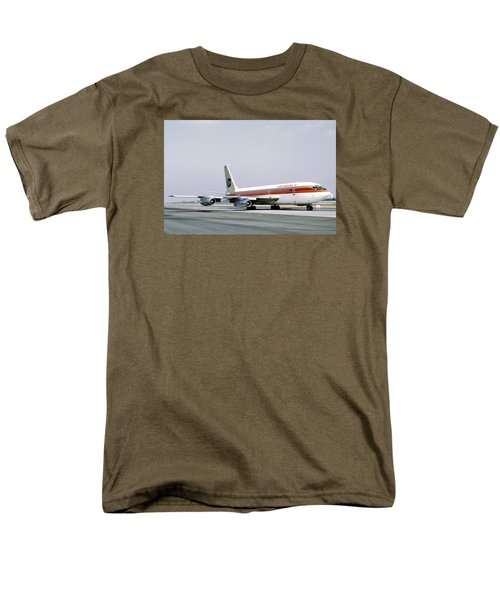 Continental Airlines 720-024b N17207 Los Angeles July 22 1972 Men's T-Shirt  (Regular Fit)
