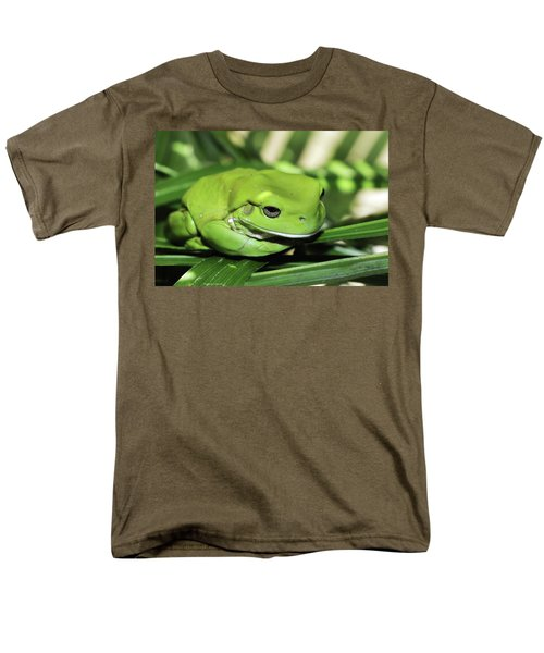 Cool Green Frog 001 Men's T-Shirt  (Regular Fit) by Kevin Chippindall