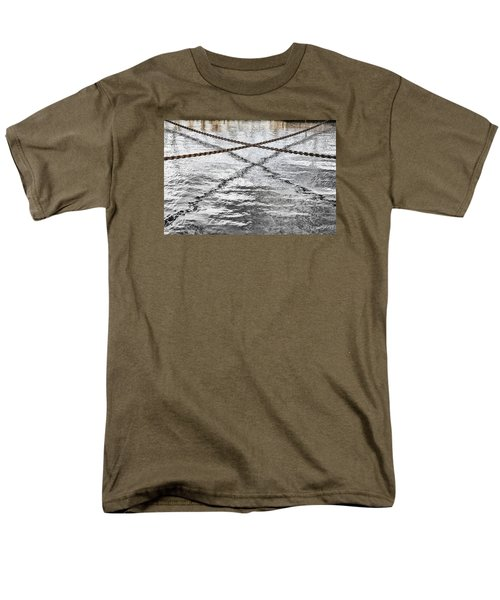 Men's T-Shirt  (Regular Fit) featuring the photograph Criss-crossed by Edgar Laureano