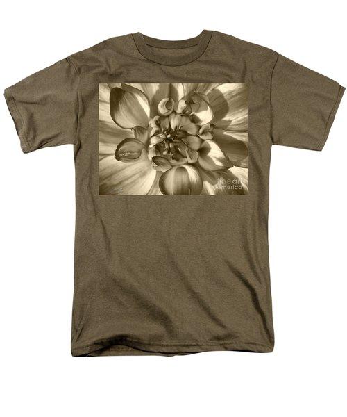 Dahlia Named Who Dun It Men's T-Shirt  (Regular Fit) by J McCombie