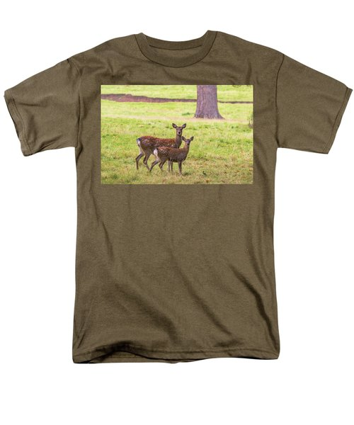 Men's T-Shirt  (Regular Fit) featuring the photograph Double Take by Scott Carruthers