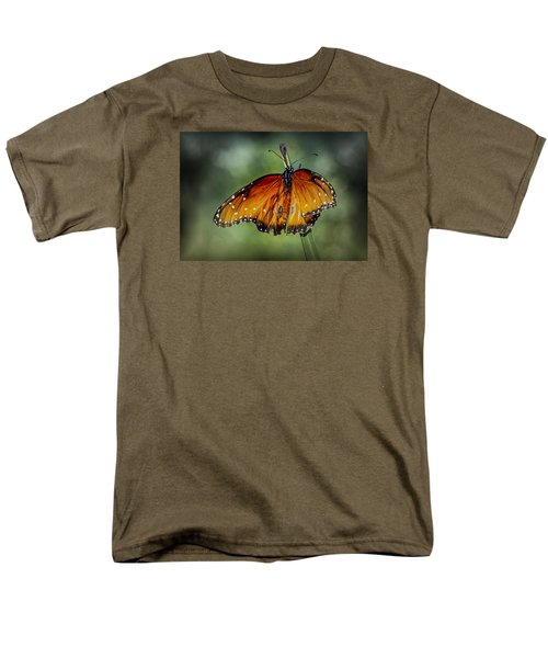 Men's T-Shirt  (Regular Fit) featuring the photograph Drying Wings by Elaine Malott