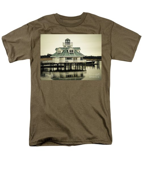 Eating On The River Men's T-Shirt  (Regular Fit) by Melissa Messick