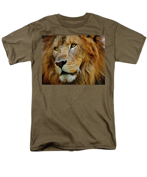 Men's T-Shirt  (Regular Fit) featuring the photograph El Rey by Skip Hunt
